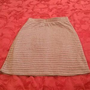 Le Lis Skirts - Super cute mini skirt in microplaid